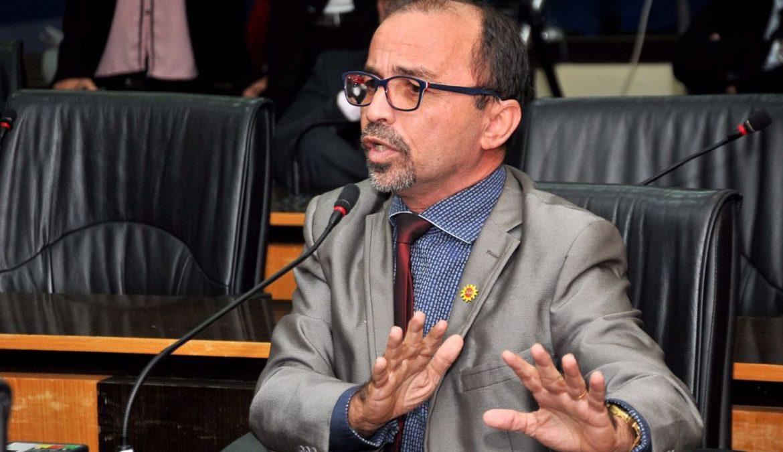 Com emenda de Sandro, percentual de remanejamento da Prefeitura no orçamento cai de 35% para 5%