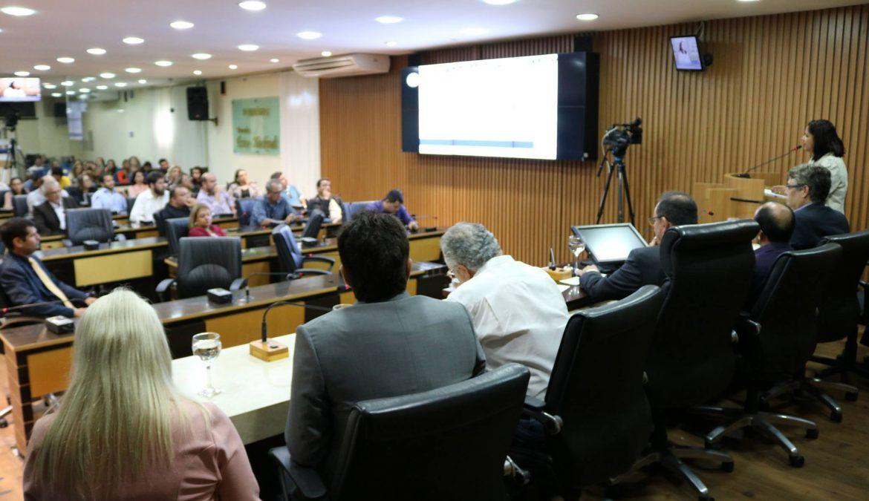Comissão de Planejamento da Câmara debate aumento da  tarifa de transporte público em Natal.
