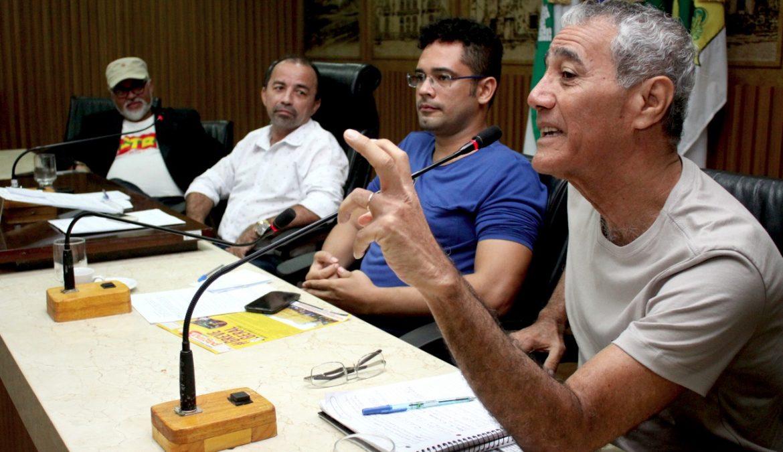 Audiência debate crise política, eleições diretas, reformas e greve geral