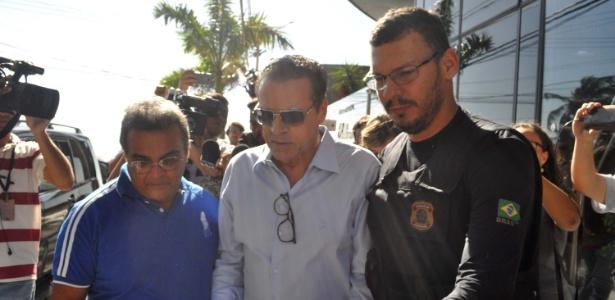 Sandro apresenta moção de repúdio contra Henrique Alves e pede exoneração de secretário preso