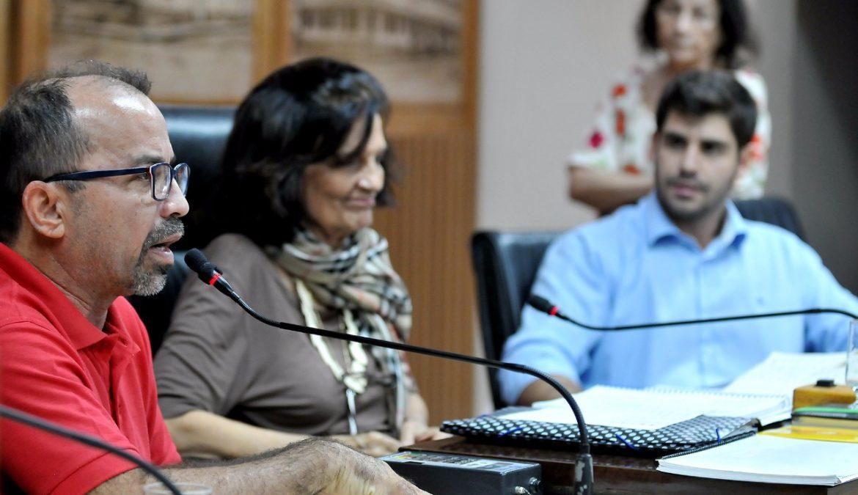 Comissão de Educação recebe reivindicações da Escola Municipal Terezinha Paulinho