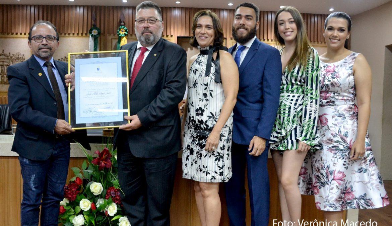 Advogado Carlos Alberto Marques recebe título de cidadão natalense